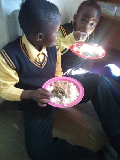 learners eating